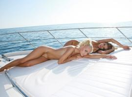 Sailing with gorgeous Striptease Artiste